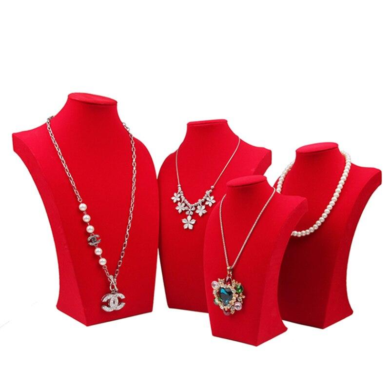 Expozitoare pentru bijuterii