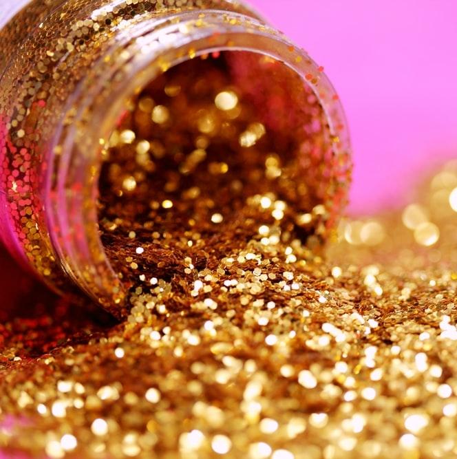 Glitter și Perluțe